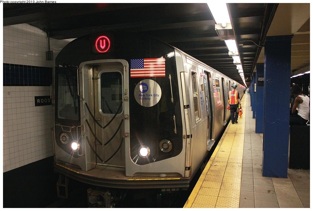 (200k, 1044x703)<br><b>Country:</b> United States<br><b>City:</b> New York<br><b>System:</b> New York City Transit<br><b>Line:</b> IND Queens Boulevard Line<br><b>Location:</b> Roosevelt Avenue <br><b>Route:</b> V<br><b>Car:</b> R-160B (Option 2) (Kawasaki, 2009)  9868 <br><b>Photo by:</b> John Barnes<br><b>Date:</b> 6/26/2010<br><b>Notes:</b> V train final run.<br><b>Viewed (this week/total):</b> 0 / 1516