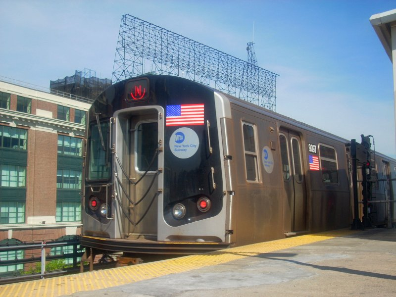(130k, 800x600)<br><b>Country:</b> United States<br><b>City:</b> New York<br><b>System:</b> New York City Transit<br><b>Line:</b> BMT Astoria Line<br><b>Location:</b> Queensborough Plaza <br><b>Route:</b> N<br><b>Car:</b> R-160B (Option 1) (Kawasaki, 2008-2009)  9097 <br><b>Photo by:</b> Bill E.<br><b>Date:</b> 4/23/2010<br><b>Viewed (this week/total):</b> 1 / 1003