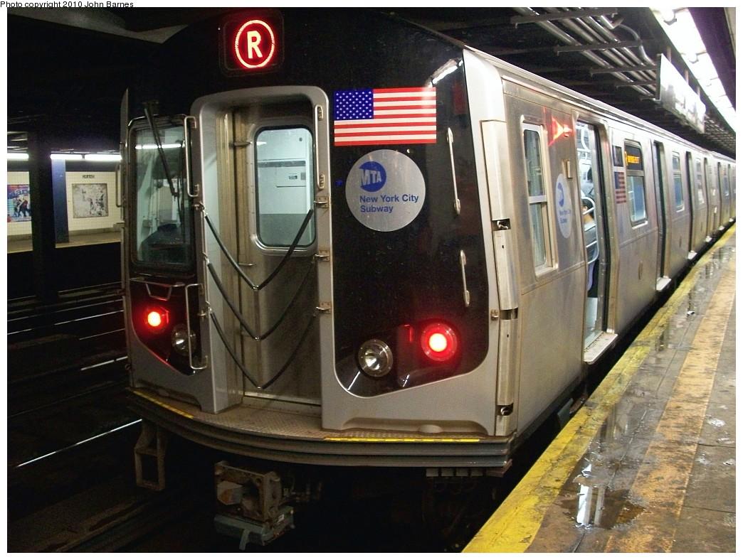 (231k, 1044x788)<br><b>Country:</b> United States<br><b>City:</b> New York<br><b>System:</b> New York City Transit<br><b>Line:</b> IND Queens Boulevard Line<br><b>Location:</b> Grand Avenue/Newtown <br><b>Route:</b> R<br><b>Car:</b> R-160B (Option 1) (Kawasaki, 2008-2009)  9217 <br><b>Photo by:</b> John Barnes<br><b>Date:</b> 6/27/2010<br><b>Viewed (this week/total):</b> 0 / 1962