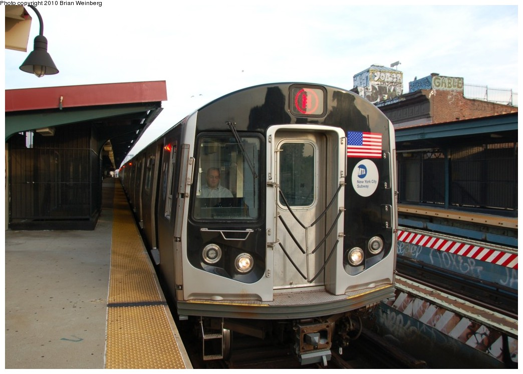 (225k, 1044x747)<br><b>Country:</b> United States<br><b>City:</b> New York<br><b>System:</b> New York City Transit<br><b>Line:</b> BMT Nassau Street/Jamaica Line<br><b>Location:</b> Hewes Street <br><b>Route:</b> M<br><b>Car:</b> R-160A-1 (Alstom, 2005-2008, 4 car sets)  8641 <br><b>Photo by:</b> Brian Weinberg<br><b>Date:</b> 6/28/2010<br><b>Notes:</b> This was the first southbound Orange (M) through the Chrystie Street Connection.<br><b>Viewed (this week/total):</b> 0 / 1077