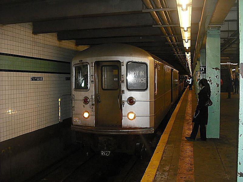 (102k, 800x600)<br><b>Country:</b> United States<br><b>City:</b> New York<br><b>System:</b> New York City Transit<br><b>Line:</b> IND Queens Boulevard Line<br><b>Location:</b> 71st/Continental Aves./Forest Hills <br><b>Route:</b> Work Service<br><b>Car:</b> R-127/R-134 (Kawasaki, 1991-1996)  <br><b>Photo by:</b> Alize Jarrett<br><b>Date:</b> 1/2/2010<br><b>Viewed (this week/total):</b> 0 / 1446