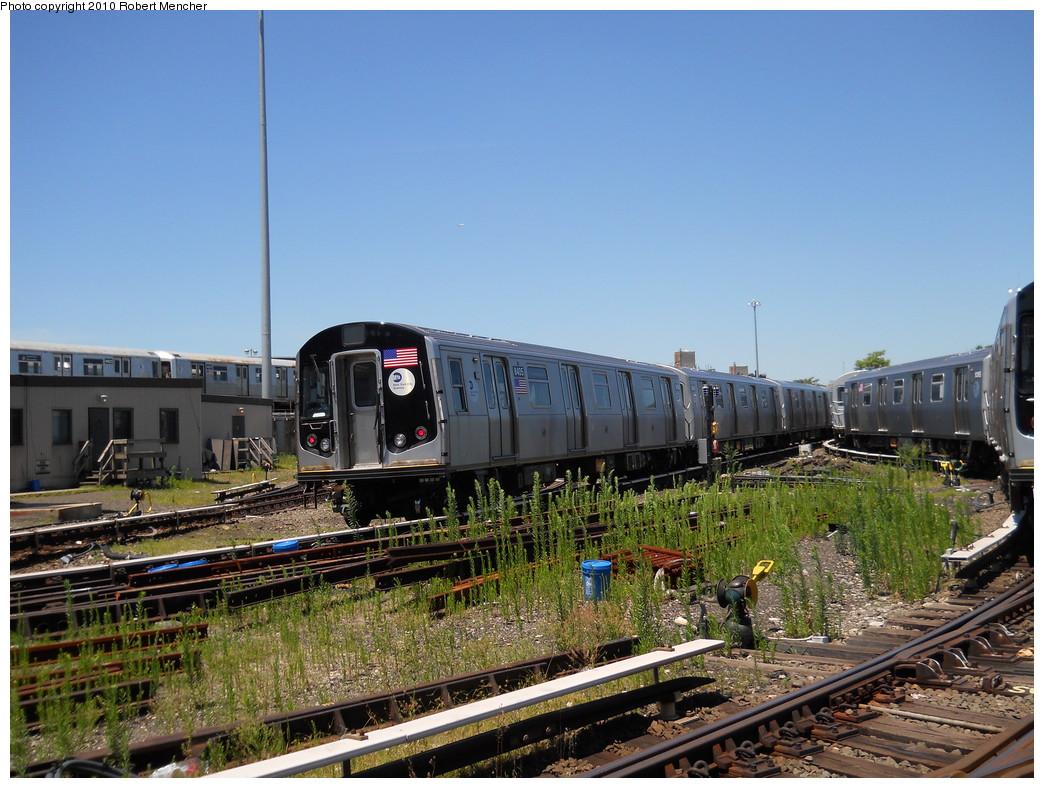 (302k, 1044x788)<br><b>Country:</b> United States<br><b>City:</b> New York<br><b>System:</b> New York City Transit<br><b>Location:</b> East New York Yard/Shops<br><b>Car:</b> R-160A-1 (Alstom, 2005-2008, 4 car sets)  8405 <br><b>Photo by:</b> Robert Mencher<br><b>Date:</b> 7/3/2010<br><b>Viewed (this week/total):</b> 3 / 672