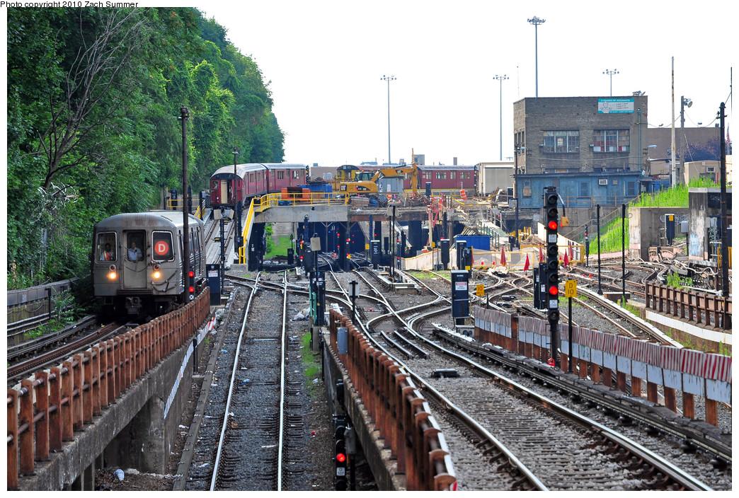 (375k, 1044x704)<br><b>Country:</b> United States<br><b>City:</b> New York<br><b>System:</b> New York City Transit<br><b>Line:</b> BMT West End Line<br><b>Location:</b> 9th Avenue <br><b>Route:</b> D<br><b>Car:</b> R-68 (Westinghouse-Amrail, 1986-1988)  2690 <br><b>Photo by:</b> Zach Summer<br><b>Date:</b> 6/24/2010<br><b>Notes:</b> With R33s on the 36 St Yard Lead.<br><b>Viewed (this week/total):</b> 0 / 2065