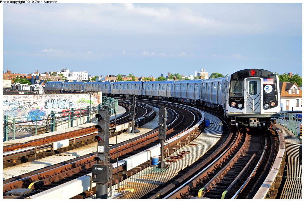 (340k, 1044x693)<br><b>Country:</b> United States<br><b>City:</b> New York<br><b>System:</b> New York City Transit<br><b>Line:</b> BMT West End Line<br><b>Location:</b> 18th Avenue <br><b>Route:</b> M<br><b>Car:</b> R-160A (Option 2) (Alstom, 2009, 4-car sets)  9946 <br><b>Photo by:</b> Zach Summer<br><b>Date:</b> 6/24/2010<br><b>Viewed (this week/total):</b> 0 / 1615
