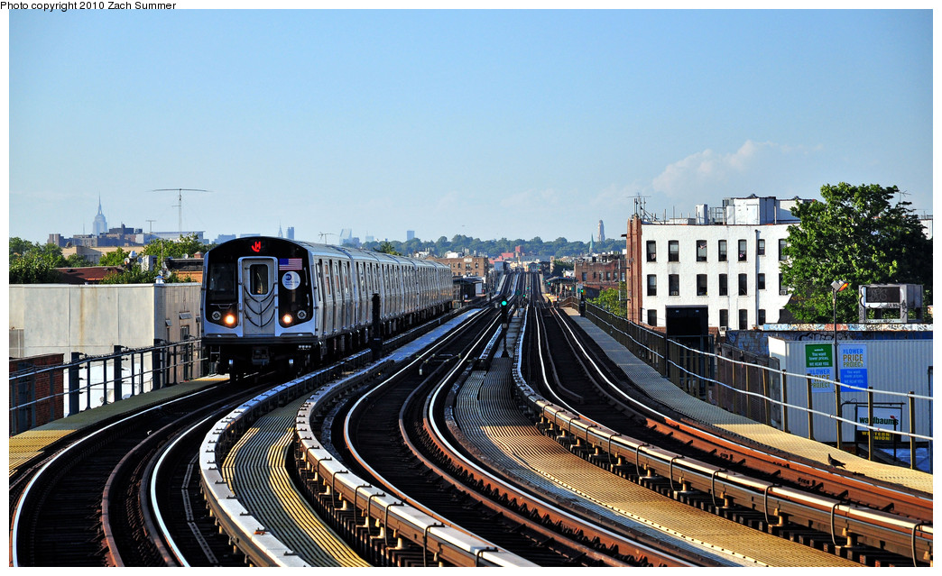 (293k, 1044x639)<br><b>Country:</b> United States<br><b>City:</b> New York<br><b>System:</b> New York City Transit<br><b>Line:</b> BMT West End Line<br><b>Location:</b> 18th Avenue <br><b>Route:</b> M<br><b>Car:</b> R-160A-1 (Alstom, 2005-2008, 4 car sets)  8484 <br><b>Photo by:</b> Zach Summer<br><b>Date:</b> 6/24/2010<br><b>Viewed (this week/total):</b> 2 / 1031