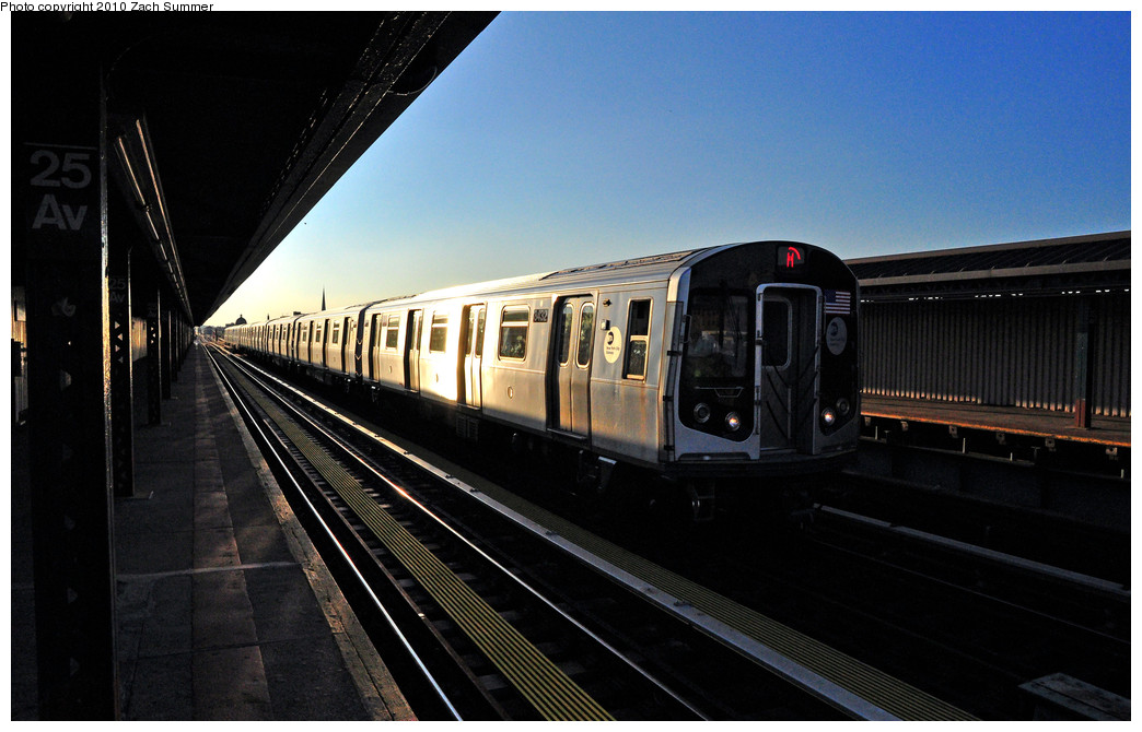 (214k, 1044x670)<br><b>Country:</b> United States<br><b>City:</b> New York<br><b>System:</b> New York City Transit<br><b>Line:</b> BMT West End Line<br><b>Location:</b> 25th Avenue <br><b>Route:</b> M yard move<br><b>Car:</b> R-160A-1 (Alstom, 2005-2008, 4 car sets)  8432 <br><b>Photo by:</b> Zach Summer<br><b>Date:</b> 6/24/2010<br><b>Viewed (this week/total):</b> 0 / 1006