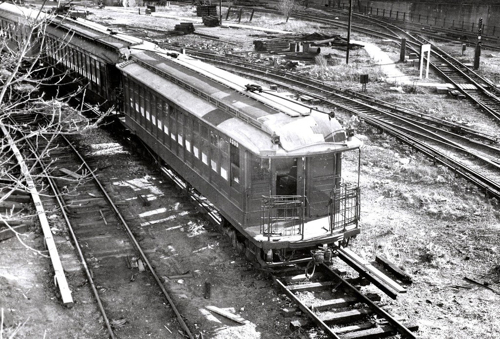 (325k, 1024x694)<br><b>Country:</b> United States<br><b>City:</b> New York<br><b>System:</b> New York City Transit<br><b>Location:</b> 36th Street Yard<br><b>Car:</b> BMT Elevated Gate Car 1309 <br><b>Collection of:</b> George Conrad Collection<br><b>Viewed (this week/total):</b> 0 / 1200