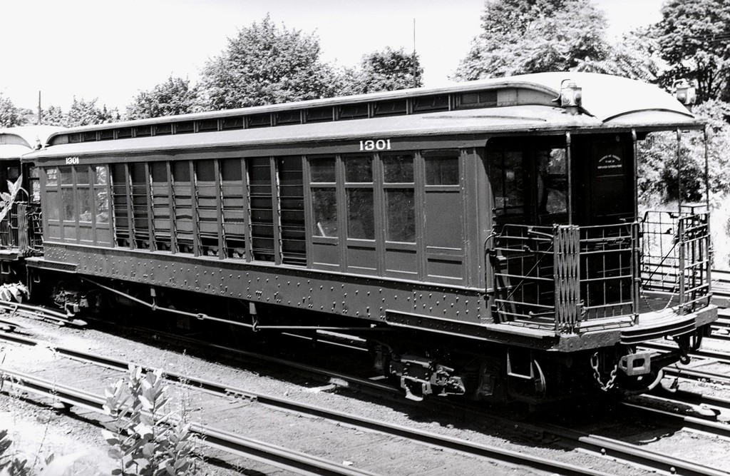 (228k, 1024x667)<br><b>Country:</b> United States<br><b>City:</b> New York<br><b>System:</b> New York City Transit<br><b>Location:</b> 36th Street Yard<br><b>Car:</b> BMT Elevated Gate Car 1301 <br><b>Collection of:</b> George Conrad Collection<br><b>Date:</b> 6/1947<br><b>Viewed (this week/total):</b> 0 / 989