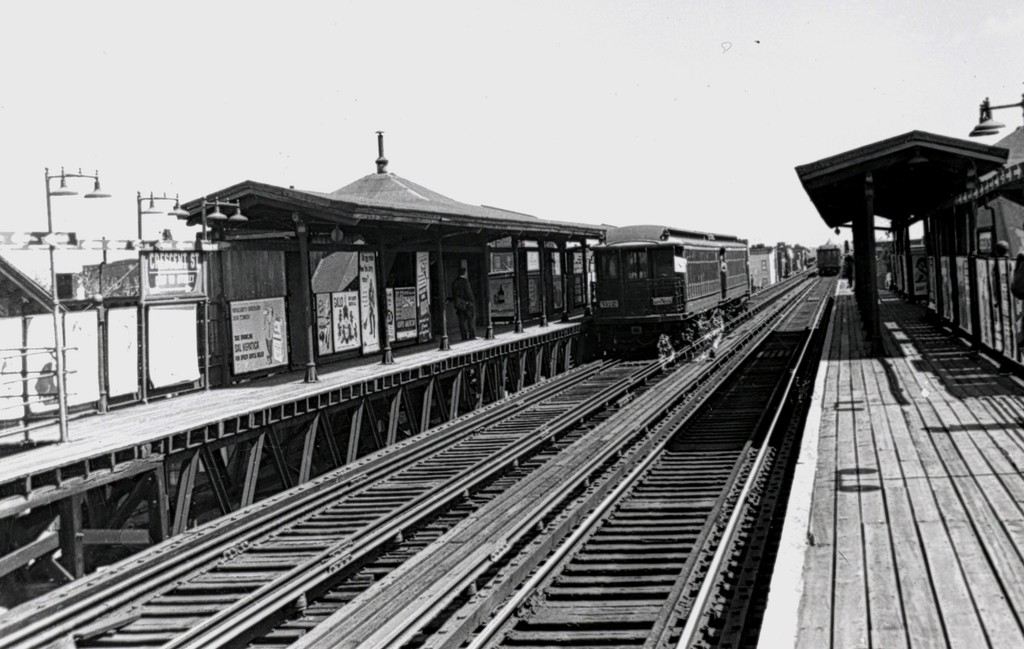 (160k, 1024x649)<br><b>Country:</b> United States<br><b>City:</b> New York<br><b>System:</b> New York City Transit<br><b>Line:</b> BMT Fulton<br><b>Location:</b> Crescent Street <br><b>Route:</b> Fan Trip<br><b>Car:</b> BMT Elevated Gate Car 1315/1382 <br><b>Collection of:</b> George Conrad Collection<br><b>Date:</b> 4/22/1956<br><b>Viewed (this week/total):</b> 2 / 1738