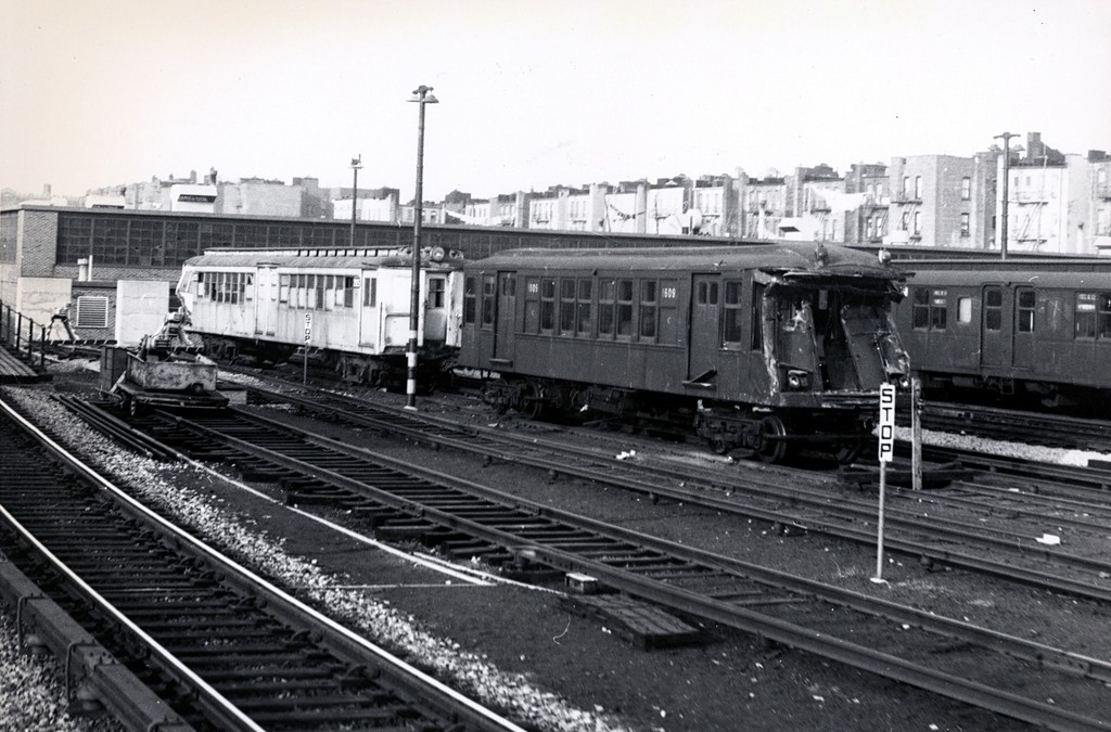(188k, 1024x675)<br><b>Country:</b> United States<br><b>City:</b> New York<br><b>System:</b> New York City Transit<br><b>Location:</b> Fresh Pond Yard<br><b>Car:</b> BMT Q 1609 <br><b>Collection of:</b> George Conrad Collection<br><b>Date:</b> 1/15/1966<br><b>Notes:</b> With Ex-Sirt 2925<br><b>Viewed (this week/total):</b> 24 / 4345
