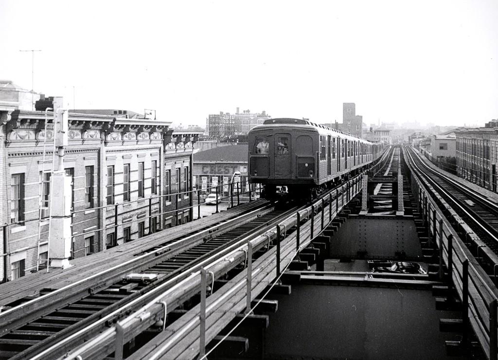 (195k, 1024x741)<br><b>Country:</b> United States<br><b>City:</b> New York<br><b>System:</b> New York City Transit<br><b>Line:</b> BMT Myrtle Avenue Line<br><b>Location:</b> Seneca Avenue <br><b>Car:</b> BMT A/B-Type Standard 2390/2391/2392 <br><b>Collection of:</b> George Conrad Collection<br><b>Date:</b> 7/26/1965<br><b>Viewed (this week/total):</b> 0 / 1812