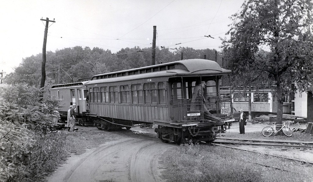 (206k, 1024x596)<br><b>Country:</b> United States<br><b>City:</b> East Haven/Branford, Ct.<br><b>System:</b> Shore Line Trolley Museum <br><b>Car:</b> BMT Elevated Gate Car 197 <br><b>Collection of:</b> George Conrad Collection<br><b>Date:</b> 11/1955<br><b>Viewed (this week/total):</b> 4 / 2658