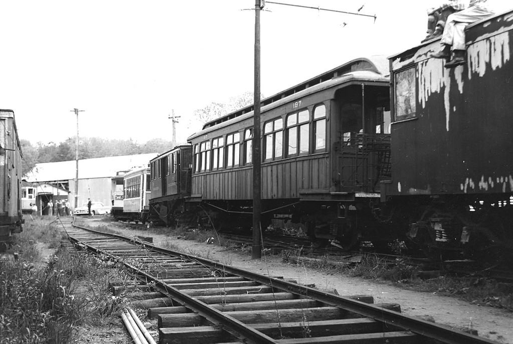 (172k, 1024x686)<br><b>Country:</b> United States<br><b>City:</b> East Haven/Branford, Ct.<br><b>System:</b> Shore Line Trolley Museum<br><b>Car:</b> BMT Elevated Gate Car 197 <br><b>Collection of:</b> George Conrad Collection<br><b>Date:</b> 1956<br><b>Viewed (this week/total):</b> 3 / 2311