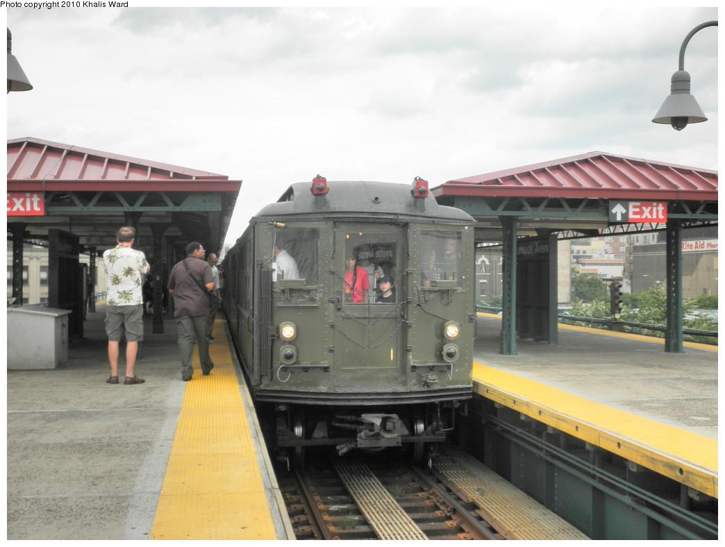 (191k, 1044x788)<br><b>Country:</b> United States<br><b>City:</b> New York<br><b>System:</b> New York City Transit<br><b>Line:</b> IRT Woodlawn Line<br><b>Location:</b> Burnside Avenue <br><b>Route:</b> Fan Trip<br><b>Car:</b> Low-V (Museum Train)  <br><b>Photo by:</b> Khalis Ward<br><b>Date:</b> 6/6/2010<br><b>Viewed (this week/total):</b> 0 / 1289