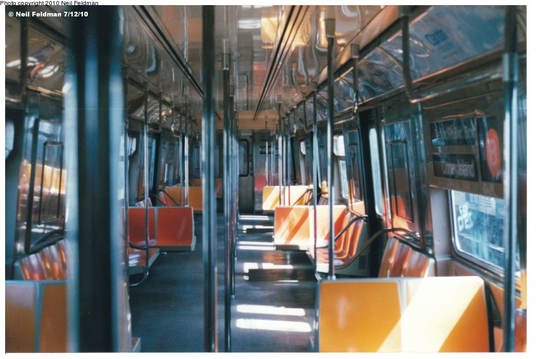 (170k, 1044x700)<br><b>Country:</b> United States<br><b>City:</b> New York<br><b>System:</b> New York City Transit<br><b>Route:</b> B<br><b>Car:</b> R-68A (Kawasaki, 1988-1989)  5172 <br><b>Photo by:</b> Neil Feldman<br><b>Date:</b> 6/25/1999<br><b>Viewed (this week/total):</b> 2 / 1091