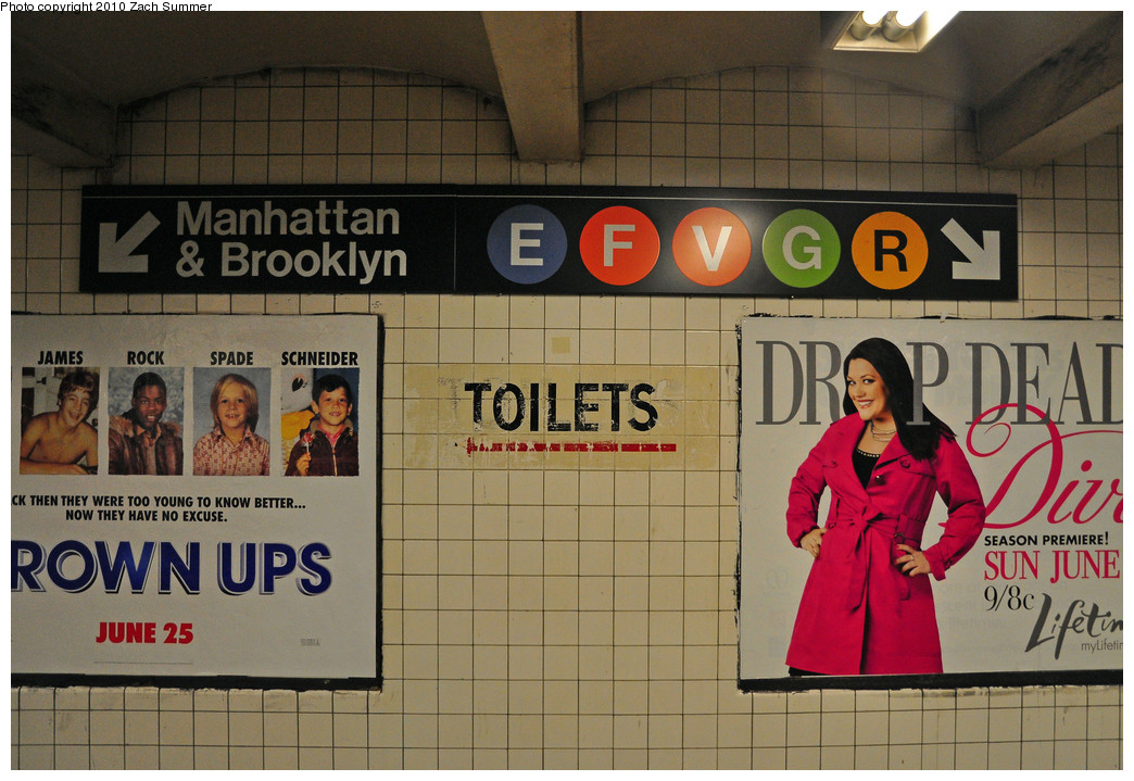 (270k, 1044x719)<br><b>Country:</b> United States<br><b>City:</b> New York<br><b>System:</b> New York City Transit<br><b>Line:</b> IND Queens Boulevard Line<br><b>Location:</b> 71st/Continental Aves./Forest Hills <br><b>Photo by:</b> Zach Summer<br><b>Date:</b> 6/24/2010<br><b>Notes:</b> Prior to updating the sign to read EFMR<br><b>Viewed (this week/total):</b> 1 / 1455