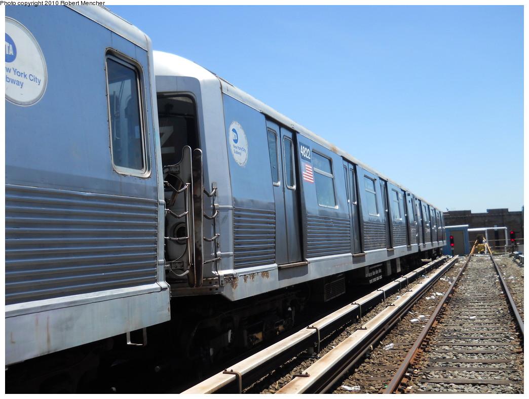 (260k, 1044x788)<br><b>Country:</b> United States<br><b>City:</b> New York<br><b>System:</b> New York City Transit<br><b>Location:</b> East New York Yard/Shops<br><b>Car:</b> R-42 (St. Louis, 1969-1970)  4822 <br><b>Photo by:</b> Robert Mencher<br><b>Date:</b> 7/3/2010<br><b>Viewed (this week/total):</b> 3 / 447