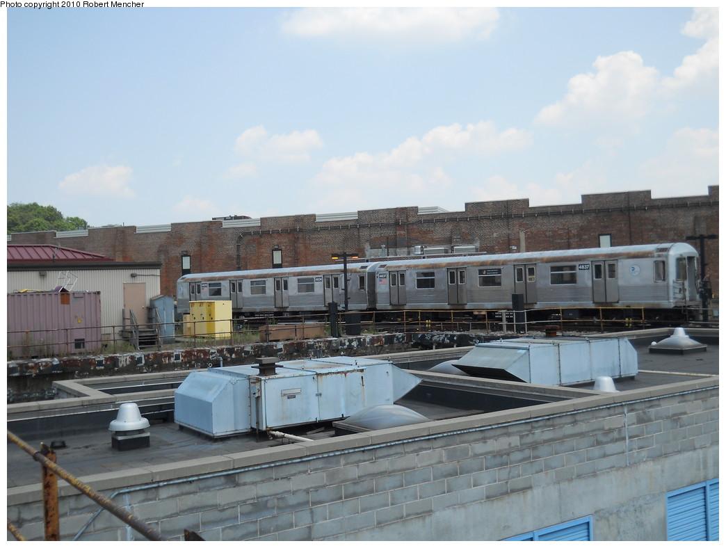 (240k, 1044x788)<br><b>Country:</b> United States<br><b>City:</b> New York<br><b>System:</b> New York City Transit<br><b>Location:</b> East New York Yard/Shops<br><b>Car:</b> R-42 (St. Louis, 1969-1970)  4836/4837 <br><b>Photo by:</b> Robert Mencher<br><b>Date:</b> 7/7/2010<br><b>Viewed (this week/total):</b> 1 / 675