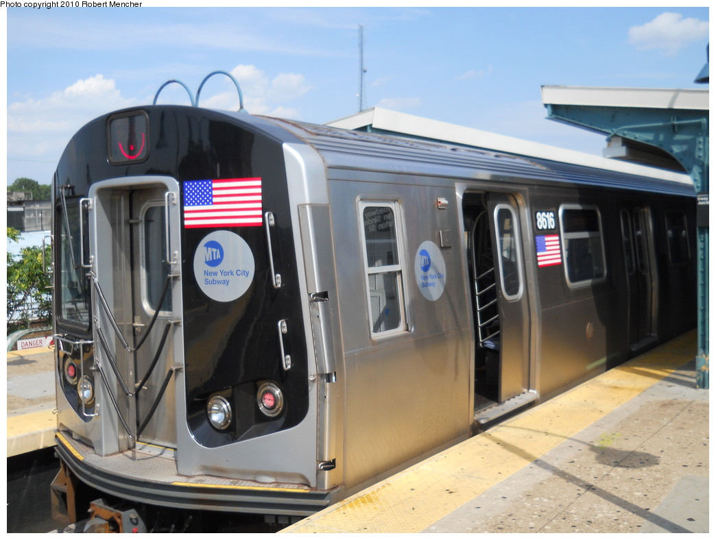 (242k, 1044x788)<br><b>Country:</b> United States<br><b>City:</b> New York<br><b>System:</b> New York City Transit<br><b>Line:</b> BMT Nassau Street/Jamaica Line<br><b>Location:</b> Broadway/East New York (Broadway Junction) <br><b>Route:</b> J<br><b>Car:</b> R-160A-1 (Alstom, 2005-2008, 4 car sets)  8616 <br><b>Photo by:</b> Robert Mencher<br><b>Date:</b> 7/17/2010<br><b>Viewed (this week/total):</b> 0 / 891