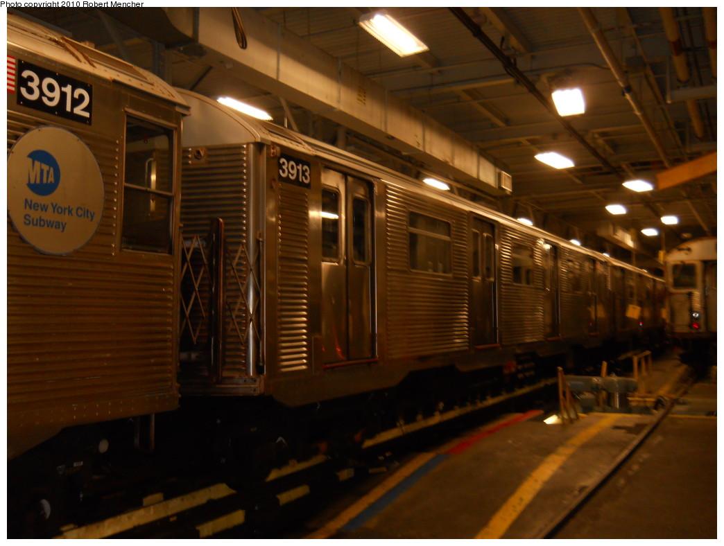 (238k, 1044x788)<br><b>Country:</b> United States<br><b>City:</b> New York<br><b>System:</b> New York City Transit<br><b>Location:</b> East New York Yard/Shops<br><b>Car:</b> R-32 (Budd, 1964)  3913 <br><b>Photo by:</b> Robert Mencher<br><b>Date:</b> 7/17/2010<br><b>Viewed (this week/total):</b> 0 / 704