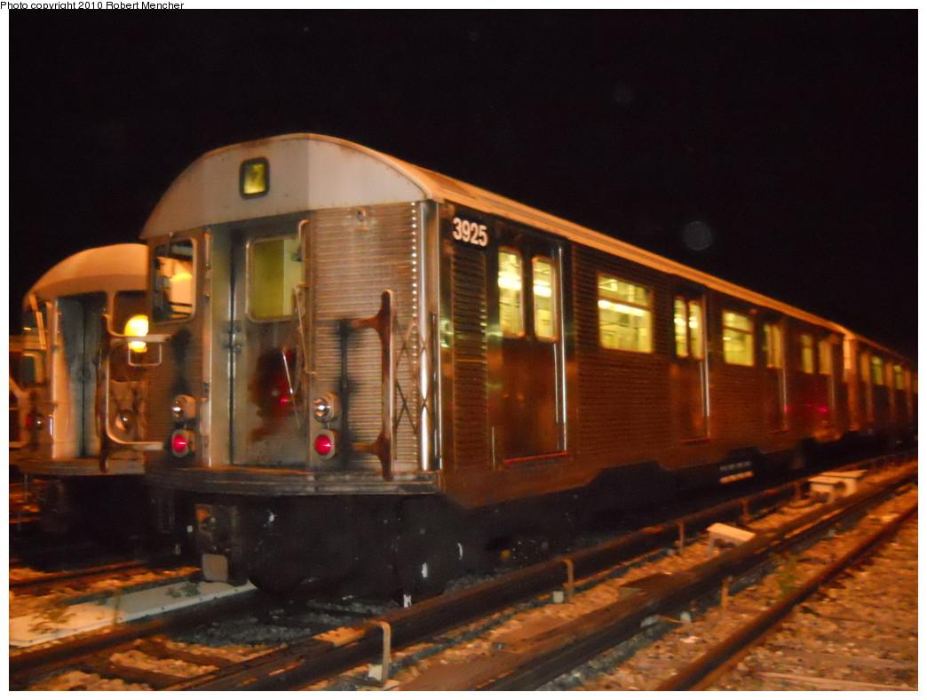 (241k, 1044x788)<br><b>Country:</b> United States<br><b>City:</b> New York<br><b>System:</b> New York City Transit<br><b>Location:</b> East New York Yard/Shops<br><b>Car:</b> R-32 (Budd, 1964)  3925 <br><b>Photo by:</b> Robert Mencher<br><b>Date:</b> 7/17/2010<br><b>Viewed (this week/total):</b> 0 / 909