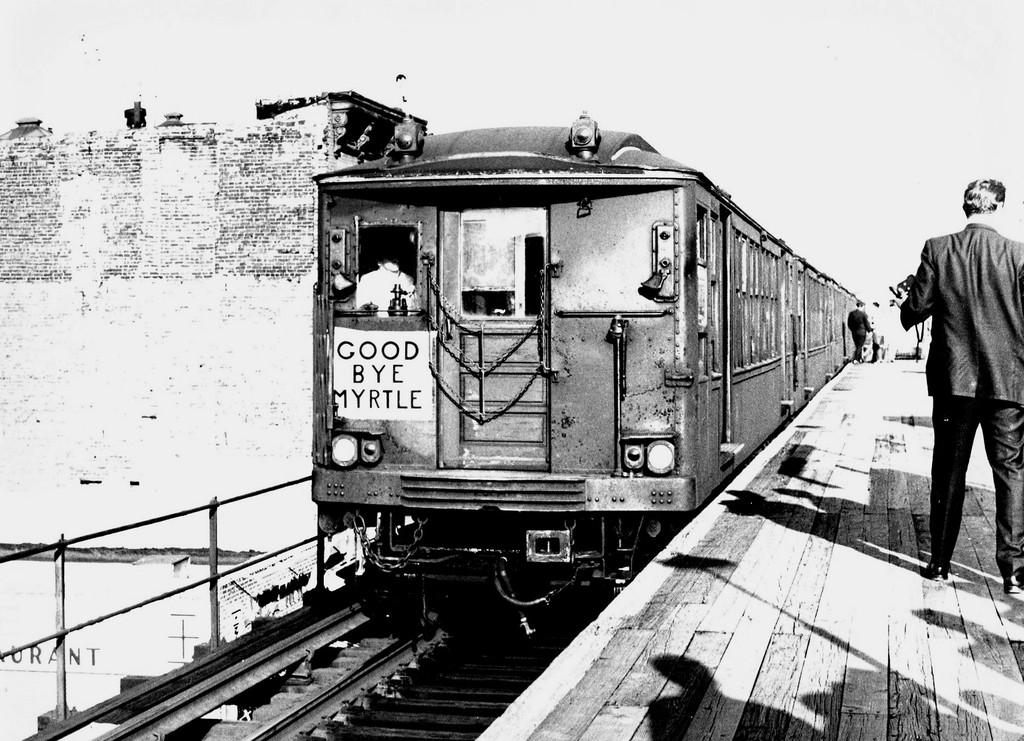 (219k, 1024x741)<br><b>Country:</b> United States<br><b>City:</b> New York<br><b>System:</b> New York City Transit<br><b>Line:</b> BMT Myrtle Avenue Line<br><b>Location:</b> Washington Avenue <br><b>Route:</b> Fan Trip<br><b>Car:</b> BMT Q 1622 <br><b>Collection of:</b> George Conrad Collection<br><b>Date:</b> 10/5/1969<br><b>Viewed (this week/total):</b> 0 / 2291