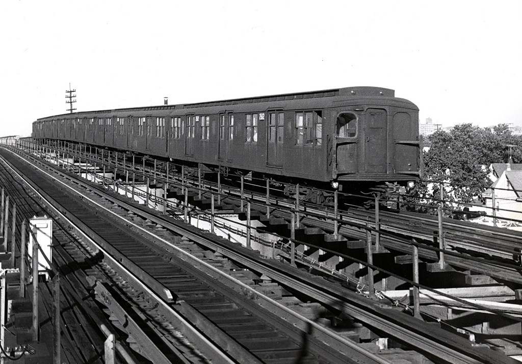 (202k, 1024x714)<br><b>Country:</b> United States<br><b>City:</b> New York<br><b>System:</b> New York City Transit<br><b>Line:</b> BMT Nassau Street/Jamaica Line<br><b>Location:</b> Metropolitan Avenue (Demolished) <br><b>Car:</b> BMT A/B-Type Standard 2612 <br><b>Collection of:</b> George Conrad Collection<br><b>Date:</b> 9/23/1966<br><b>Viewed (this week/total):</b> 3 / 2579