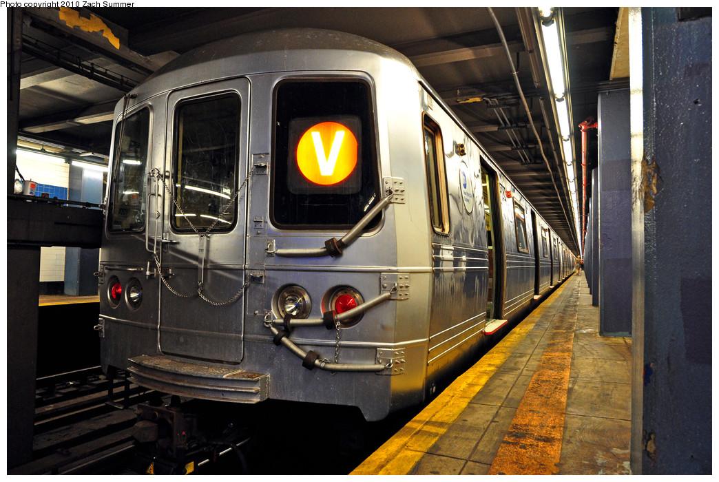 (292k, 1044x700)<br><b>Country:</b> United States<br><b>City:</b> New York<br><b>System:</b> New York City Transit<br><b>Line:</b> IND 6th Avenue Line<br><b>Location:</b> 2nd Avenue <br><b>Route:</b> V<br><b>Car:</b> R-46 (Pullman-Standard, 1974-75) 5824 <br><b>Photo by:</b> Zach Summer<br><b>Date:</b> 6/25/2010<br><b>Notes:</b> Last Day of V Service<br><b>Viewed (this week/total):</b> 0 / 1273