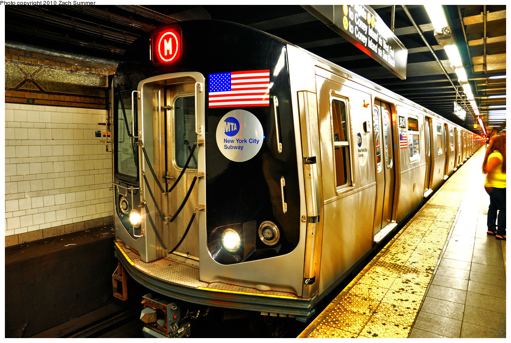 (354k, 1044x700)<br><b>Country:</b> United States<br><b>City:</b> New York<br><b>System:</b> New York City Transit<br><b>Line:</b> BMT 4th Avenue<br><b>Location:</b> 36th Street <br><b>Route:</b> M<br><b>Car:</b> R-160A-1 (Alstom, 2005-2008, 4 car sets)  8641 <br><b>Photo by:</b> Zach Summer<br><b>Date:</b> 6/25/2010<br><b>Notes:</b> The last Bay Parkway-bound M train via 4 Av/West End. Last day of Nassau St/South Brooklyn M service.<br><b>Viewed (this week/total):</b> 0 / 1642