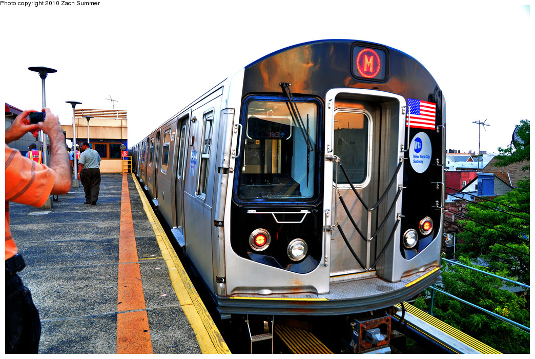 (331k, 1044x700)<br><b>Country:</b> United States<br><b>City:</b> New York<br><b>System:</b> New York City Transit<br><b>Line:</b> BMT West End Line<br><b>Location:</b> Bay Parkway <br><b>Route:</b> M<br><b>Car:</b> R-160A-1 (Alstom, 2005-2008, 4 car sets)  8576 <br><b>Photo by:</b> Zach Summer<br><b>Date:</b> 6/25/2010<br><b>Notes:</b> The last Bay Parkway-bound M train departs Bay Parkway and runs light to Coney Island Yard.<br><b>Viewed (this week/total):</b> 2 / 1513