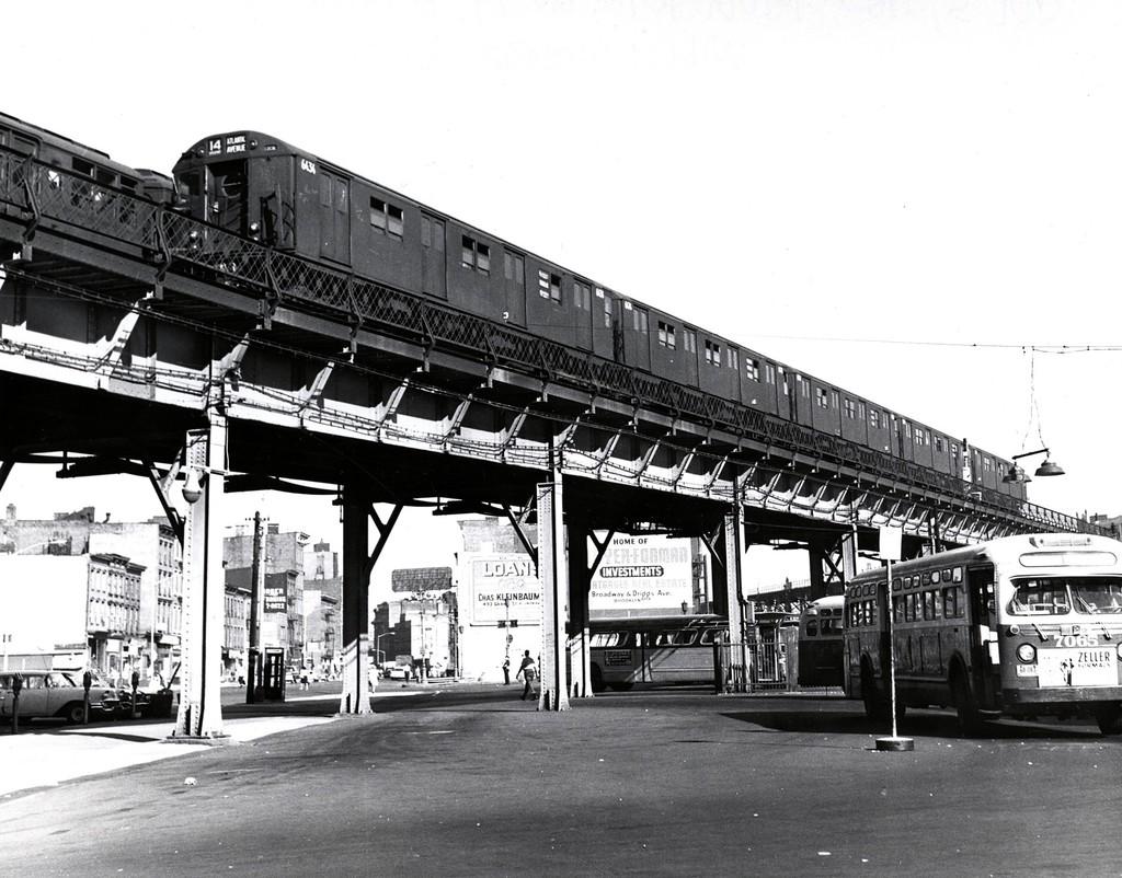 (212k, 1024x802)<br><b>Country:</b> United States<br><b>City:</b> New York<br><b>System:</b> New York City Transit<br><b>Line:</b> BMT Nassau Street/Jamaica Line<br><b>Location:</b> Williamsburg Bridge<br><b>Route:</b> BMT 14<br><b>Car:</b> R-16 (American Car & Foundry, 1955) 6434 <br><b>Collection of:</b> George Conrad Collection<br><b>Date:</b> 7/5/1963<br><b>Viewed (this week/total):</b> 4 / 2708