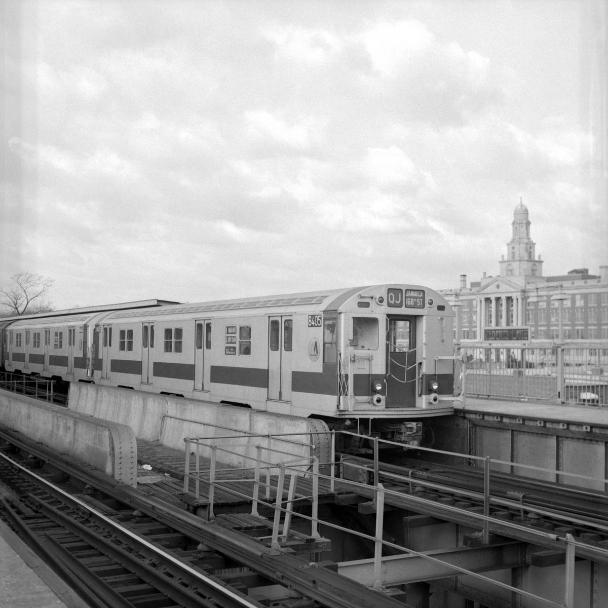 (176k, 1024x762)<br><b>Country:</b> United States<br><b>City:</b> New York<br><b>System:</b> New York City Transit<br><b>Line:</b> BMT Nassau Street/Jamaica Line<br><b>Location:</b> 75th Street/Elderts Lane <br><b>Route:</b> QJ<br><b>Car:</b> R-30 (St. Louis, 1961) 8405 <br><b>Collection of:</b> George Conrad Collection<br><b>Date:</b> 11/2/1970<br><b>Viewed (this week/total):</b> 7 / 3197
