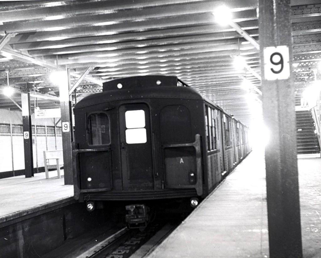 (179k, 1024x823)<br><b>Country:</b> United States<br><b>City:</b> New York<br><b>System:</b> New York City Transit<br><b>Line:</b> BMT Culver Line<br><b>Location:</b> 9th Avenue (Lower Level) <br><b>Car:</b> BMT A/B-Type Standard  <br><b>Collection of:</b> George Conrad Collection<br><b>Date:</b> 9/15/1962<br><b>Viewed (this week/total):</b> 3 / 2519