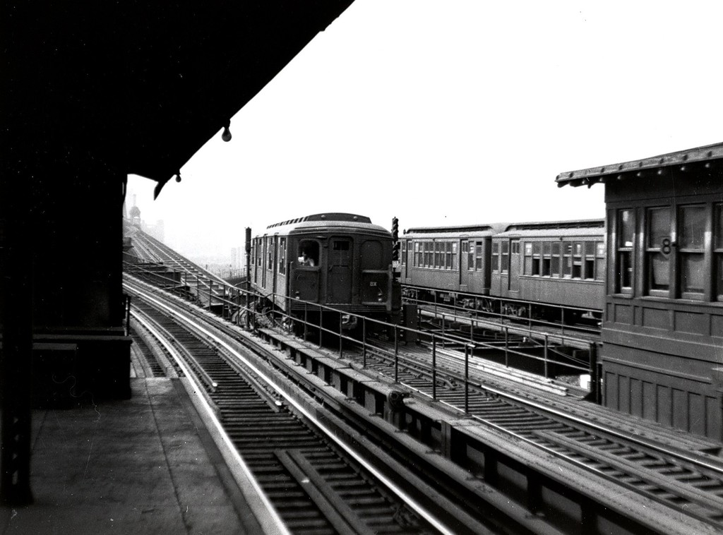 (155k, 1024x758)<br><b>Country:</b> United States<br><b>City:</b> New York<br><b>System:</b> New York City Transit<br><b>Location:</b> Queensborough Plaza <br><b>Car:</b> BMT A/B-Type Standard  <br><b>Collection of:</b> George Conrad Collection<br><b>Date:</b> 1945<br><b>Viewed (this week/total):</b> 2 / 2191