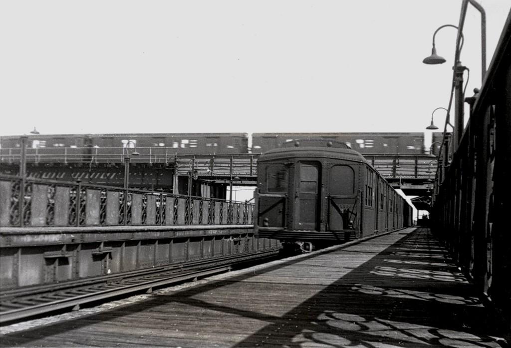 (143k, 1024x697)<br><b>Country:</b> United States<br><b>City:</b> New York<br><b>System:</b> New York City Transit<br><b>Line:</b> BMT Canarsie Line<br><b>Location:</b> Livonia Avenue <br><b>Car:</b> BMT A/B-Type Standard  <br><b>Collection of:</b> George Conrad Collection<br><b>Date:</b> 5/3/1957<br><b>Viewed (this week/total):</b> 0 / 1978