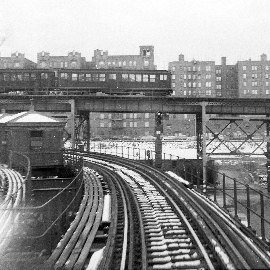 (197k, 1024x732)<br><b>Country:</b> United States<br><b>City:</b> New York<br><b>System:</b> New York City Transit<br><b>Location:</b> Fresh Pond Yard<br><b>Car:</b> BMT Elevated Gate Car  <br><b>Collection of:</b> George Conrad Collection<br><b>Date:</b> 11/23/1956<br><b>Notes:</b> Gate cars and Multis. The Multis were used in pecial 14th St.-Fulton St. service.<br><b>Viewed (this week/total):</b> 0 / 1619