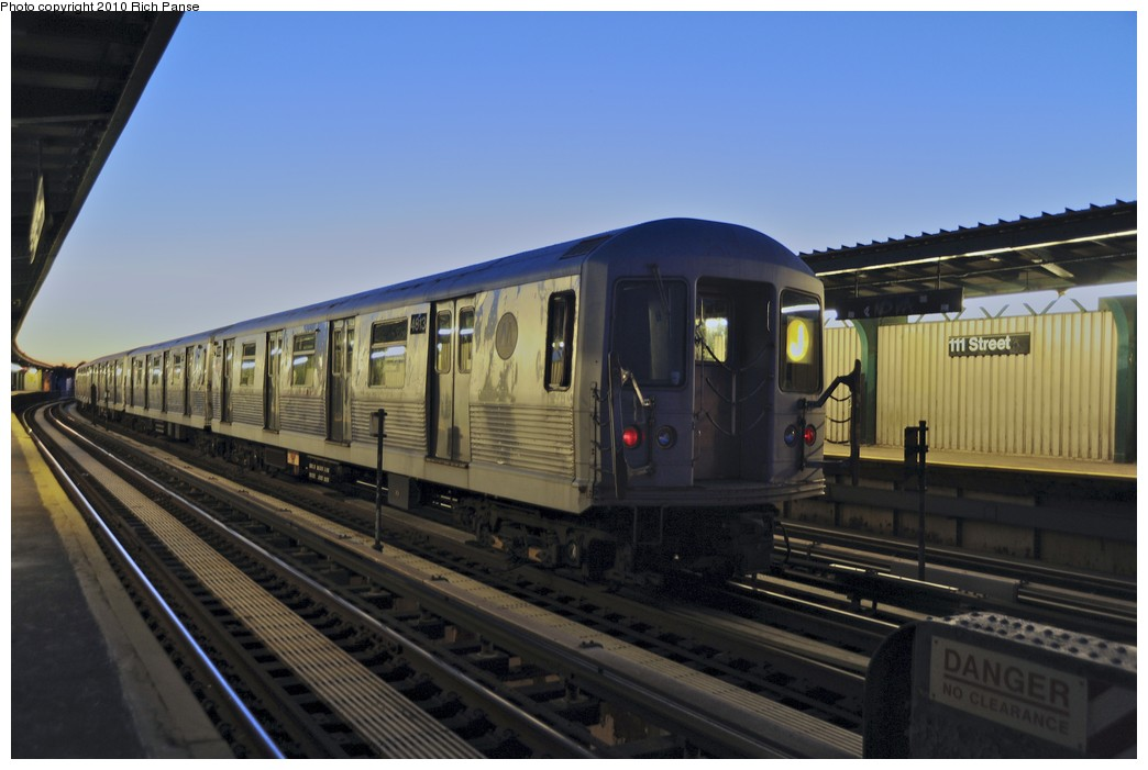 (140k, 1044x701)<br><b>Country:</b> United States<br><b>City:</b> New York<br><b>System:</b> New York City Transit<br><b>Line:</b> BMT Nassau Street/Jamaica Line<br><b>Location:</b> 111th Street <br><b>Route:</b> J layup<br><b>Car:</b> R-42 (St. Louis, 1969-1970)  4813 <br><b>Photo by:</b> Richard Panse<br><b>Date:</b> 9/11/2010<br><b>Viewed (this week/total):</b> 1 / 2145