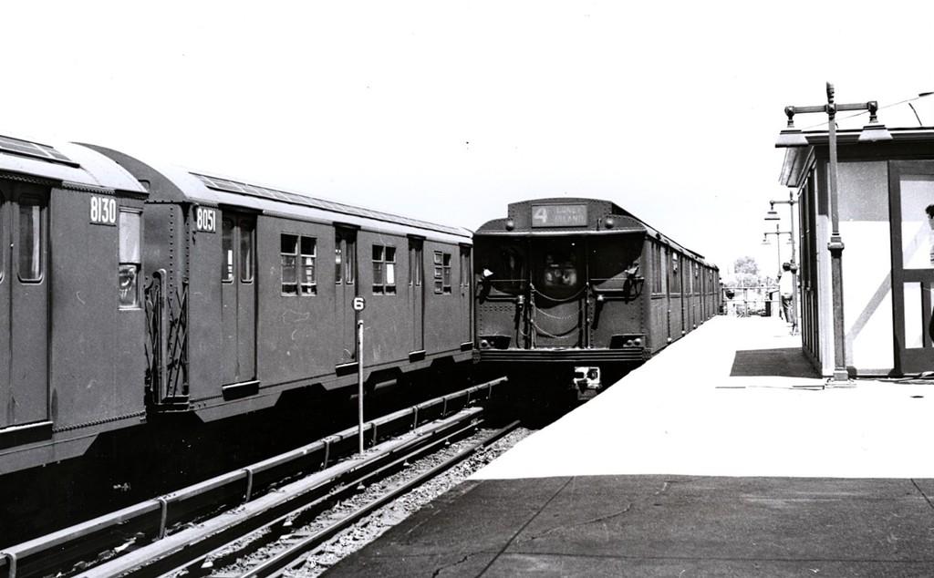 (136k, 1024x634)<br><b>Country:</b> United States<br><b>City:</b> New York<br><b>System:</b> New York City Transit<br><b>Location:</b> Coney Island/Stillwell Avenue<br><b>Car:</b> BMT D-Type Triplex  <br><b>Collection of:</b> George Conrad Collection<br><b>Date:</b> 1/9/1962<br><b>Viewed (this week/total):</b> 0 / 2642