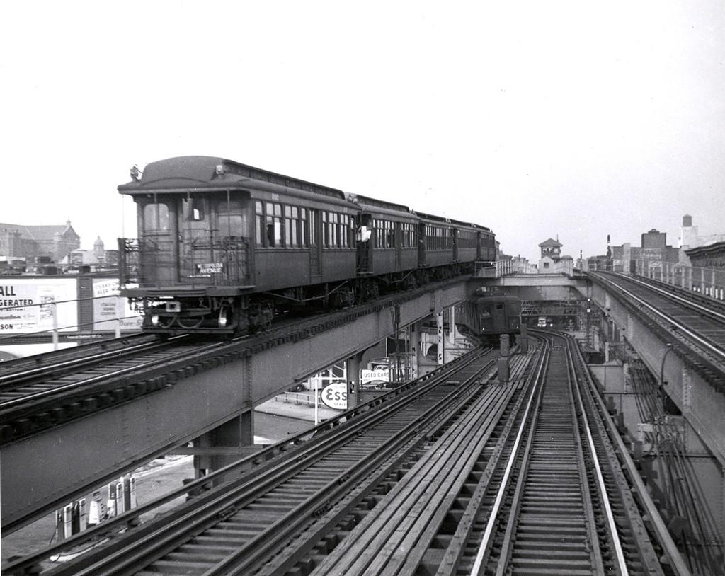 (191k, 1024x814)<br><b>Country:</b> United States<br><b>City:</b> New York<br><b>System:</b> New York City Transit<br><b>Line:</b> BMT Myrtle Avenue Line<br><b>Location:</b> Broadway/Myrtle Avenue (Upper Level) <br><b>Car:</b> BMT Elevated Gate Car  <br><b>Collection of:</b> George Conrad Collection<br><b>Date:</b> 8/30/1948<br><b>Viewed (this week/total):</b> 1 / 2708