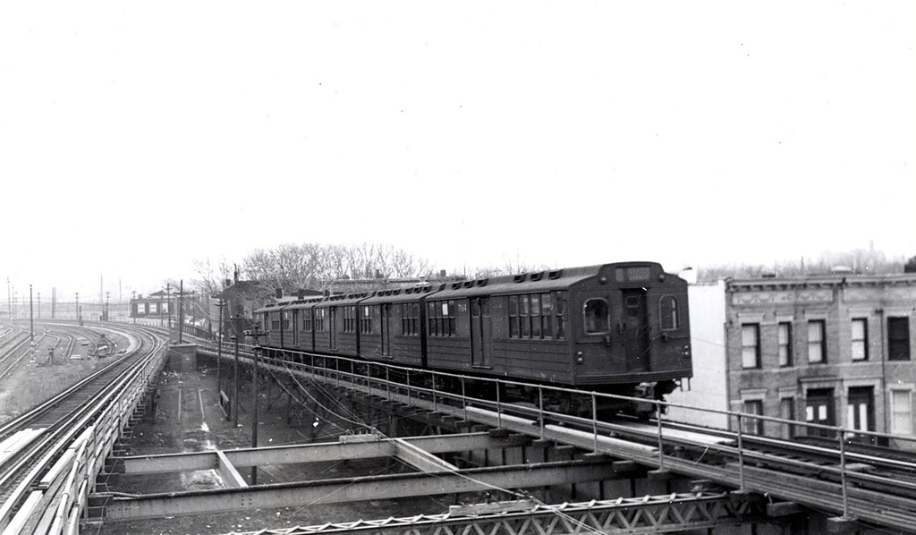 (116k, 1024x598)<br><b>Country:</b> United States<br><b>City:</b> New York<br><b>System:</b> New York City Transit<br><b>Line:</b> BMT Myrtle Avenue Line<br><b>Location:</b> Fresh Pond Road <br><b>Car:</b> BMT Multi  <br><b>Collection of:</b> George Conrad Collection<br><b>Date:</b> 1960<br><b>Viewed (this week/total):</b> 0 / 1513