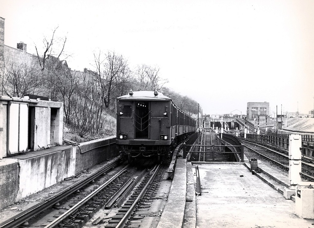 (220k, 1024x745)<br><b>Country:</b> United States<br><b>City:</b> New York<br><b>System:</b> New York City Transit<br><b>Line:</b> BMT West End Line<br><b>Location:</b> 9th Avenue <br><b>Route:</b> Fan Trip<br><b>Car:</b> BMT Q  <br><b>Collection of:</b> George Conrad Collection<br><b>Date:</b> 4/19/1964<br><b>Viewed (this week/total):</b> 0 / 1617