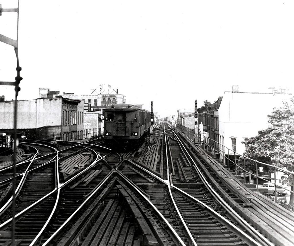 (222k, 1024x859)<br><b>Country:</b> United States<br><b>City:</b> New York<br><b>System:</b> New York City Transit<br><b>Line:</b> BMT Nassau Street/Jamaica Line<br><b>Location:</b> Myrtle Avenue <br><b>Car:</b> BMT Q  <br><b>Collection of:</b> George Conrad Collection<br><b>Date:</b> 7/10/1969<br><b>Viewed (this week/total):</b> 2 / 2458