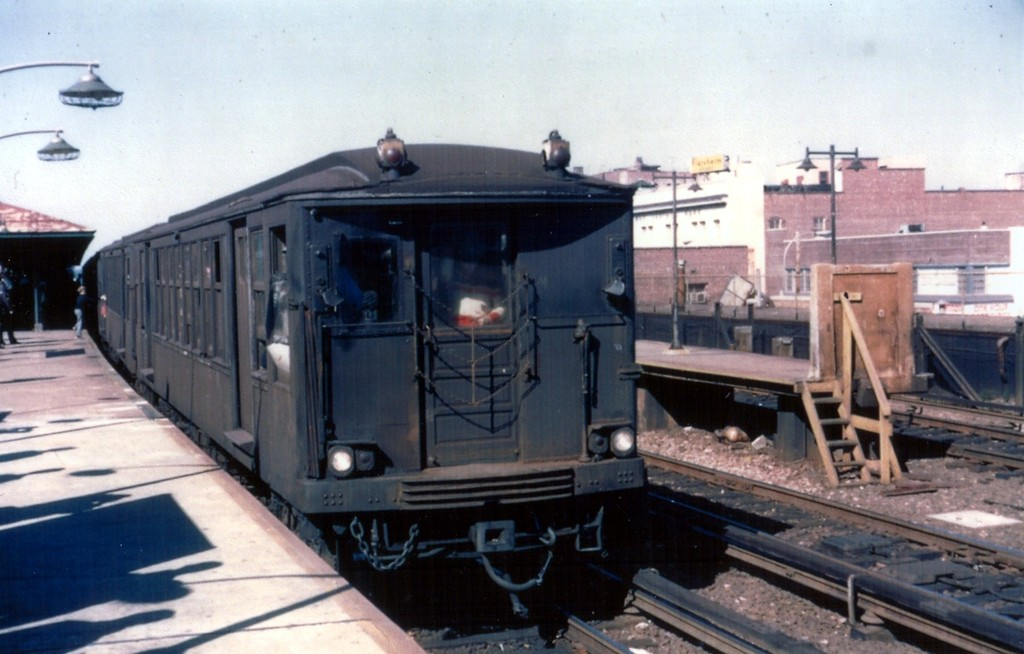 (150k, 1024x654)<br><b>Country:</b> United States<br><b>City:</b> New York<br><b>System:</b> New York City Transit<br><b>Line:</b> BMT Brighton Line<br><b>Location:</b> Kings Highway <br><b>Car:</b> BMT Q  <br><b>Collection of:</b> George Conrad Collection<br><b>Viewed (this week/total):</b> 2 / 1404