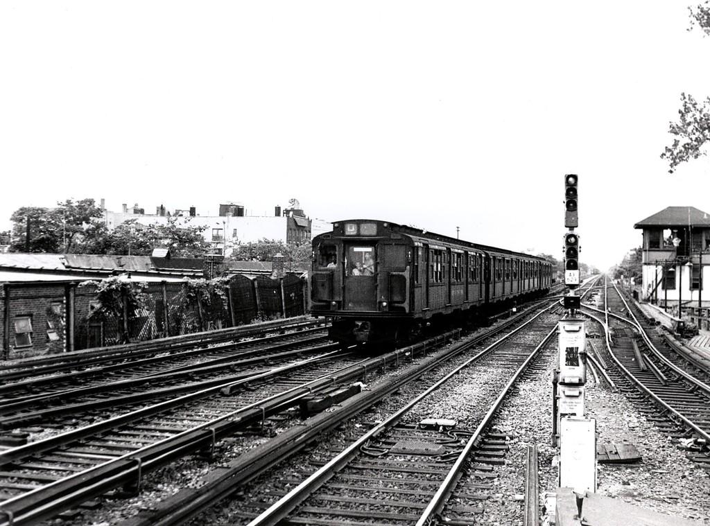 (219k, 1024x759)<br><b>Country:</b> United States<br><b>City:</b> New York<br><b>System:</b> New York City Transit<br><b>Line:</b> BMT Brighton Line<br><b>Location:</b> Kings Highway <br><b>Route:</b> D<br><b>Car:</b> R-1/R-9 Series   <br><b>Collection of:</b> George Conrad Collection<br><b>Date:</b> 7/5/1970<br><b>Viewed (this week/total):</b> 0 / 1404