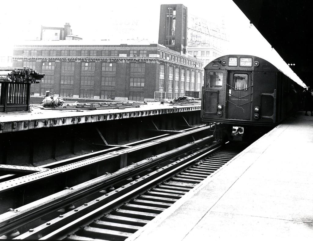 (212k, 1024x790)<br><b>Country:</b> United States<br><b>City:</b> New York<br><b>System:</b> New York City Transit<br><b>Line:</b> BMT Astoria Line<br><b>Location:</b> Queensborough Plaza <br><b>Route:</b> QB<br><b>Car:</b> R-27/R-30 Series (Number Unknown)  <br><b>Collection of:</b> George Conrad Collection<br><b>Date:</b> 5/6/1962<br><b>Viewed (this week/total):</b> 0 / 2836