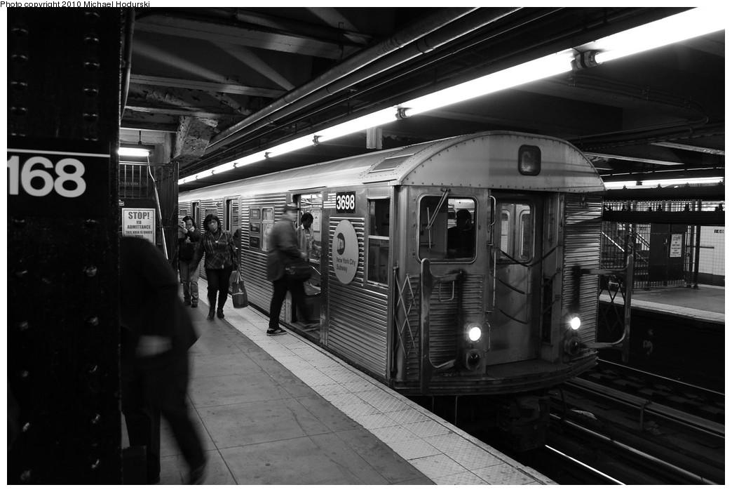 (202k, 1044x701)<br><b>Country:</b> United States<br><b>City:</b> New York<br><b>System:</b> New York City Transit<br><b>Line:</b> IND 8th Avenue Line<br><b>Location:</b> 168th Street <br><b>Route:</b> C<br><b>Car:</b> R-32 (Budd, 1964)  3698 <br><b>Photo by:</b> Michael Hodurski<br><b>Date:</b> 10/15/2010<br><b>Viewed (this week/total):</b> 0 / 828