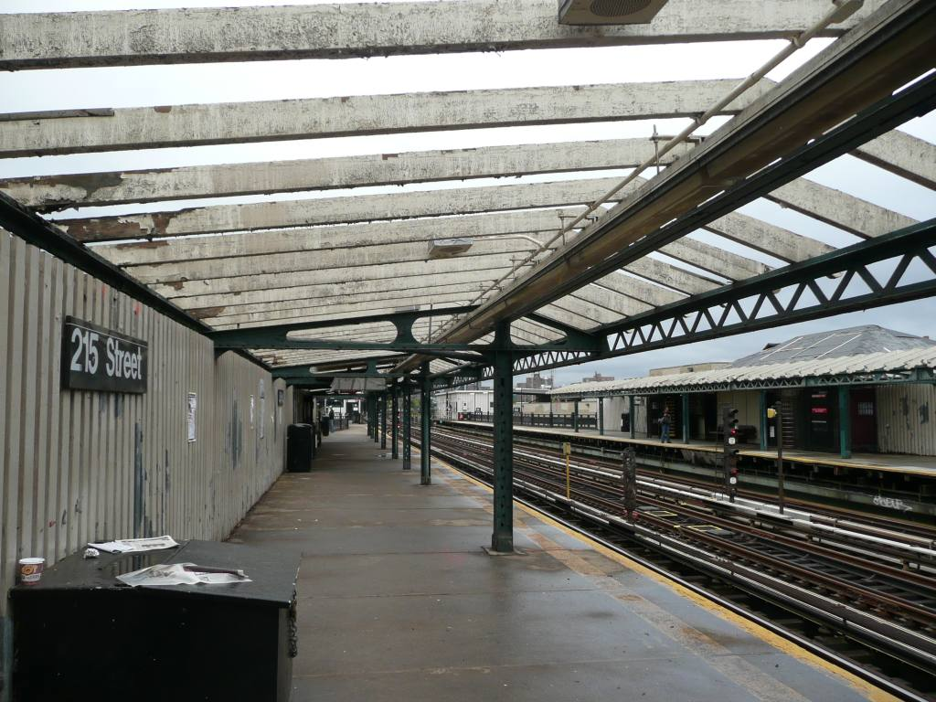 (158k, 1024x768)<br><b>Country:</b> United States<br><b>City:</b> New York<br><b>System:</b> New York City Transit<br><b>Line:</b> IRT West Side Line<br><b>Location:</b> 215th Street <br><b>Photo by:</b> Robbie Rosenfeld<br><b>Date:</b> 10/5/2010<br><b>Notes:</b> Platform renovations.<br><b>Viewed (this week/total):</b> 1 / 1486