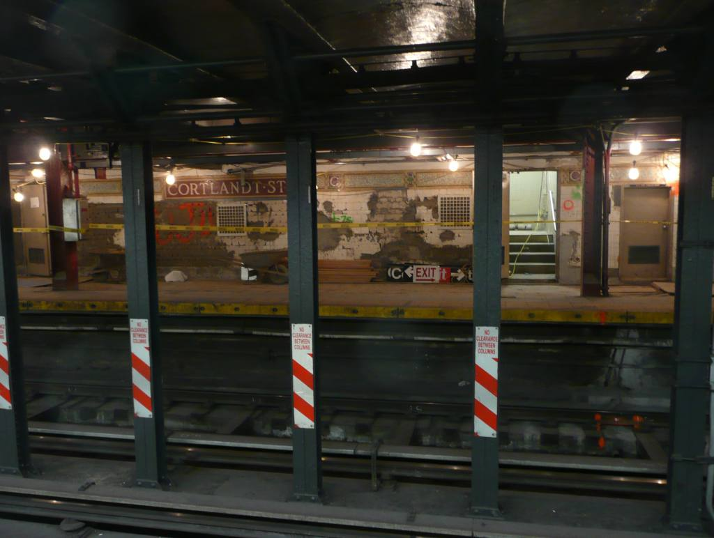 (78k, 1024x772)<br><b>Country:</b> United States<br><b>City:</b> New York<br><b>System:</b> New York City Transit<br><b>Line:</b> BMT Broadway Line<br><b>Location:</b> Cortlandt Street-World Trade Center <br><b>Photo by:</b> Robbie Rosenfeld<br><b>Date:</b> 10/5/2010<br><b>Notes:</b> Station renovation.<br><b>Viewed (this week/total):</b> 0 / 1082