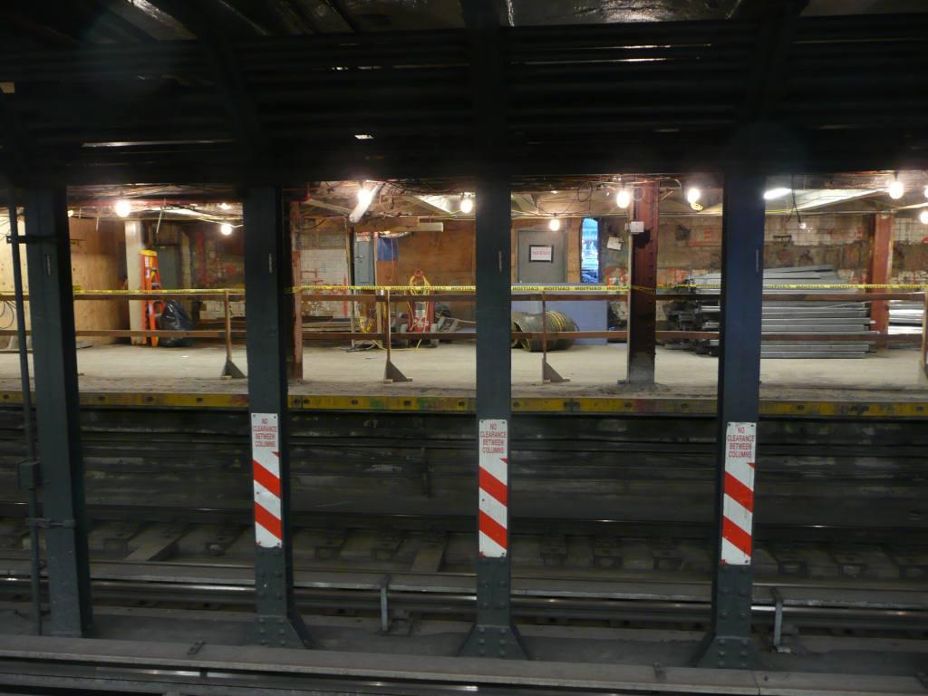 (107k, 1024x768)<br><b>Country:</b> United States<br><b>City:</b> New York<br><b>System:</b> New York City Transit<br><b>Line:</b> BMT Broadway Line<br><b>Location:</b> Cortlandt Street-World Trade Center <br><b>Photo by:</b> Robbie Rosenfeld<br><b>Date:</b> 10/5/2010<br><b>Notes:</b> Station renovation.<br><b>Viewed (this week/total):</b> 0 / 1222