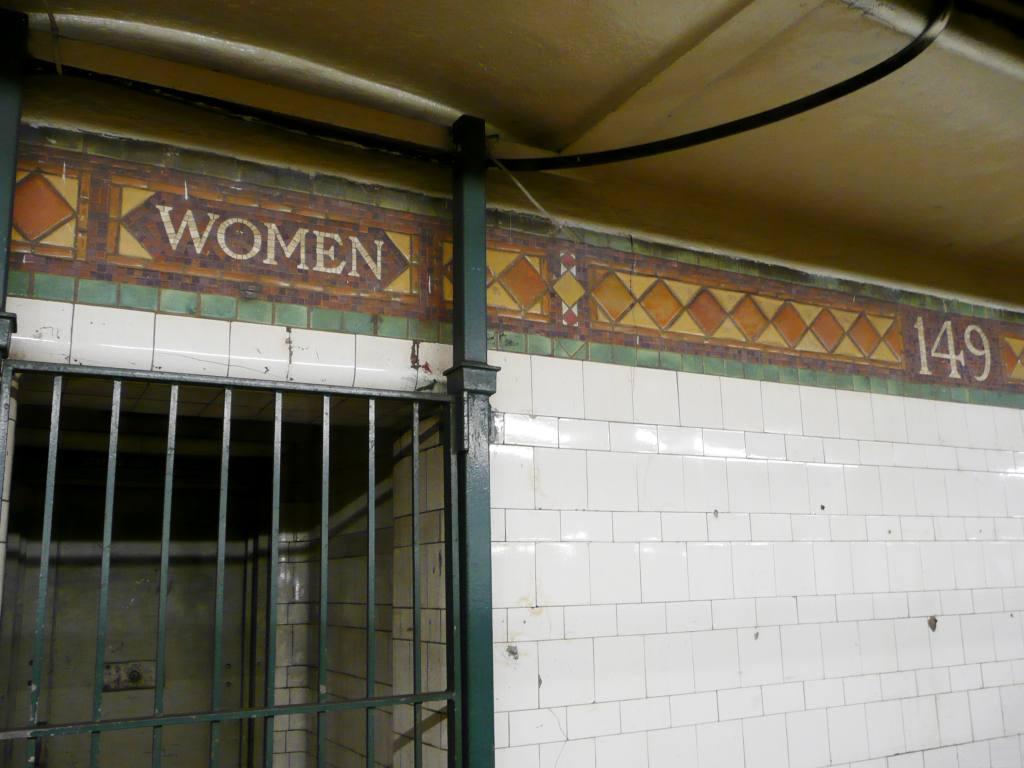 (81k, 1024x768)<br><b>Country:</b> United States<br><b>City:</b> New York<br><b>System:</b> New York City Transit<br><b>Line:</b> IRT Pelham Line<br><b>Location:</b> East 149th Street <br><b>Photo by:</b> Robbie Rosenfeld<br><b>Date:</b> 10/6/2010<br><b>Notes:</b> Women bathroom mosaic.<br><b>Viewed (this week/total):</b> 0 / 1252